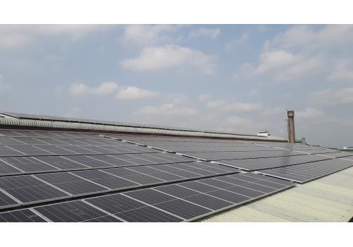 Lắp đặt hệ thống điện mặt trời cho mái nhà công nghiệp